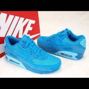 NIKE WOMENS AIR MAX 90 premium light blue Sz 7